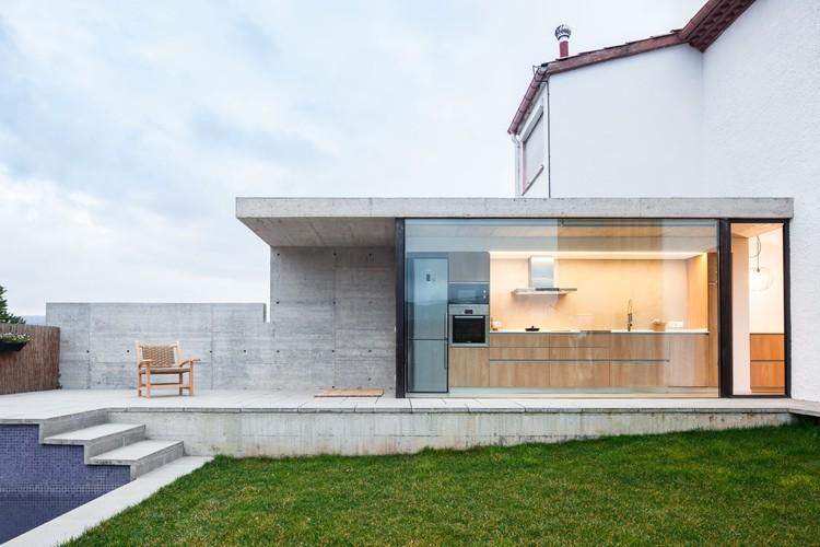 Otra Casa del Barrio  / Arnau estudi d'arquitectura, © Marc Torra
