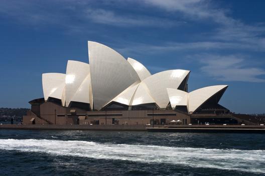 Sydney Opera House. Image © <a href='https://www.flickr.com/photos/jimmyharris/114537716/'>Flickr user jimmyharris</a></noindex></noindex> licensed under <noindex><noindex><a target=