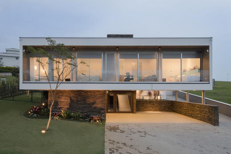 Casa Quinta das Paineiras  / Ricardo Ropelle Felippi Arquiteto, © Priscilla Paggiaro