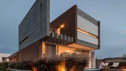Casa C52 / Urban Ode Arquitetura e Urbanismo