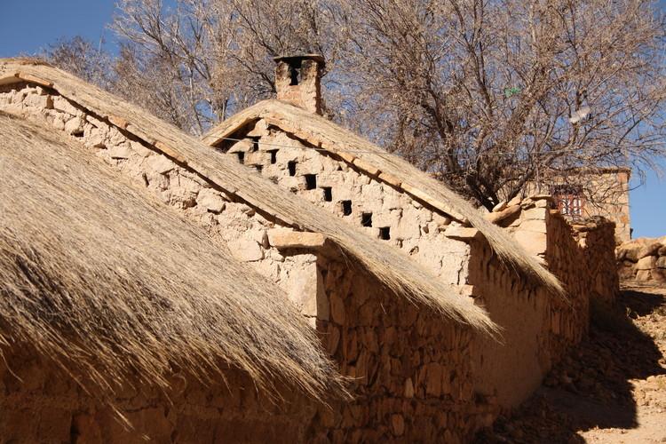 Los constructores de piedra de Alfarcito, Argentina: saberes heredados / relato de un viaje, Calle de Alfarcito. Image Cortesía de Elena Bardi