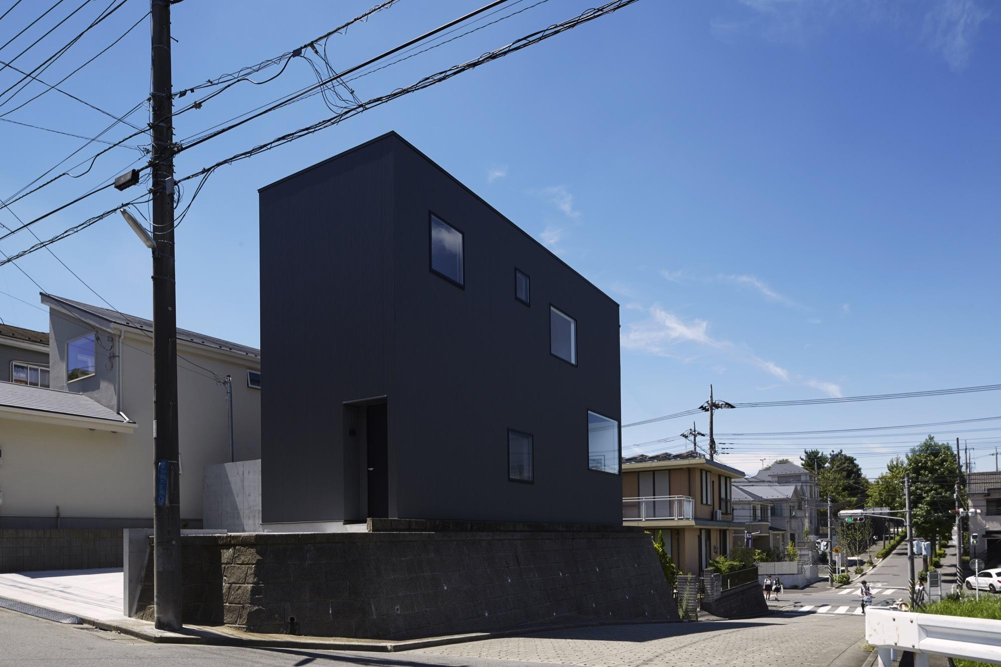 Black Box House Takatina Llc Archdaily