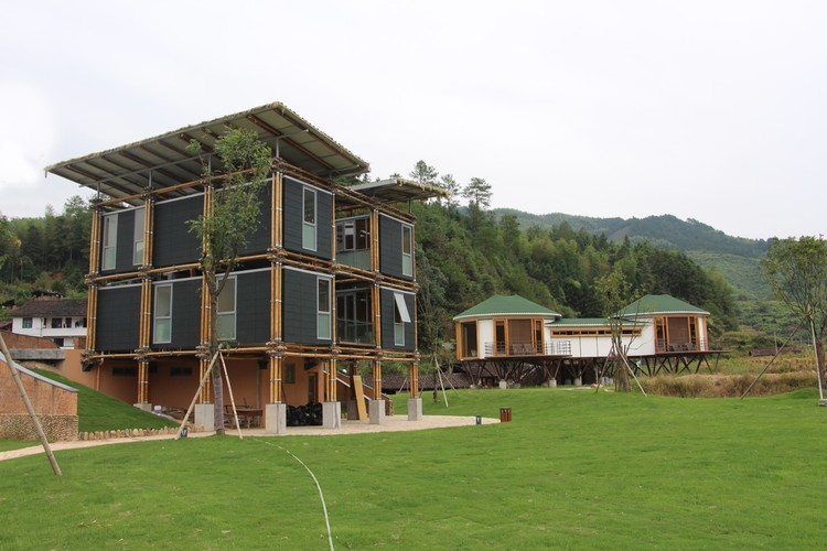 Energy Efficient Bamboo House / Studio Cardenas Conscious Design, © LIB – Longquan International Bamboo Commune