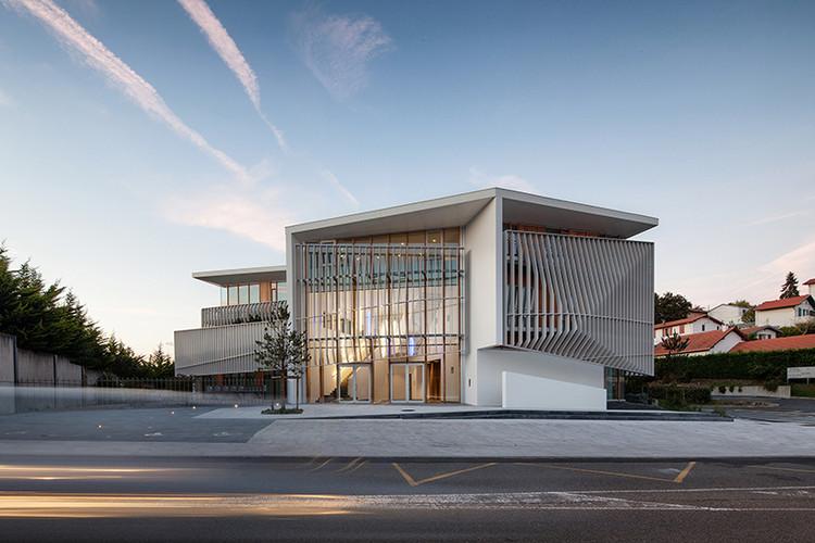 Centro Comercial Azala / Gardera-D Architecture + Atelier Philippe Pastre, © Mathieu Choiselat