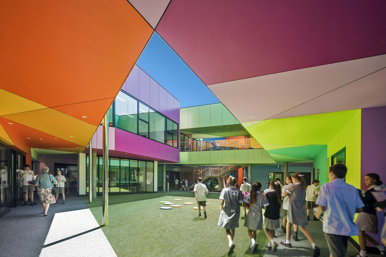 Ivanhoe Grammar Senior Years & Science Centre / McBride Charles Ryan, © John Gollings