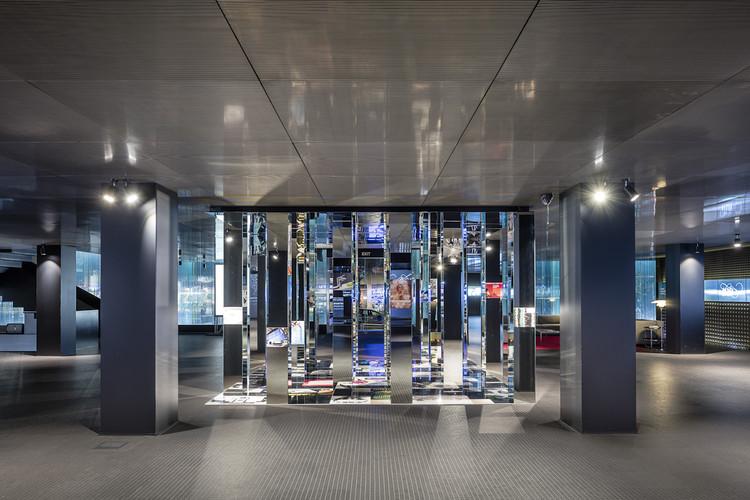 Exhibición propone transformar la ciudad en un espacio expositivo con motivo de la celebración de los 100 años de ROCA, © Adria Goula