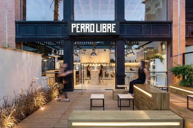 Perro Libre Tap Room / Tellini Vontobel Arquitetura, © Cristiano Bauce