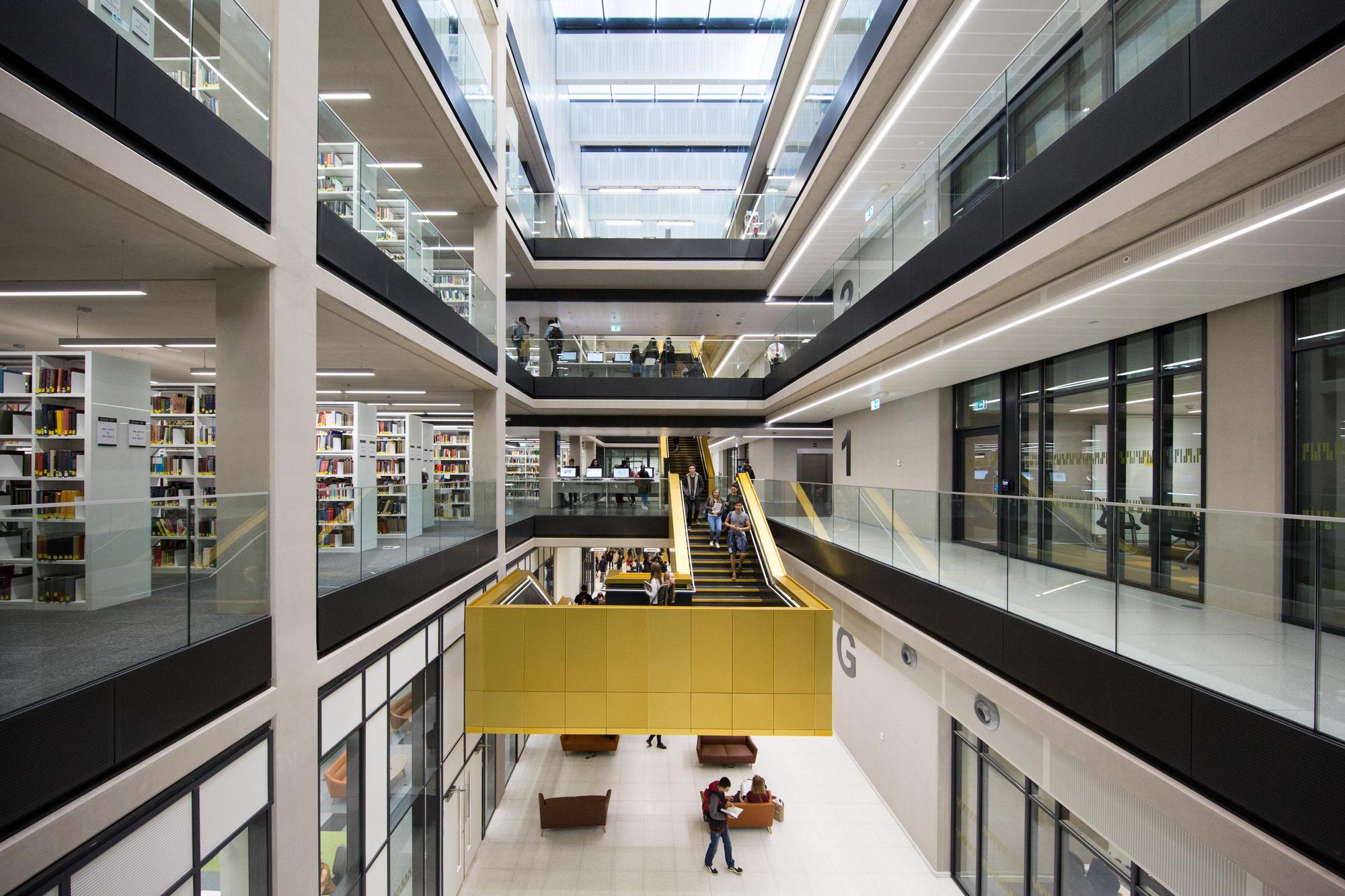 Biblioteca da Universidade de Birmingham / Associated Architects