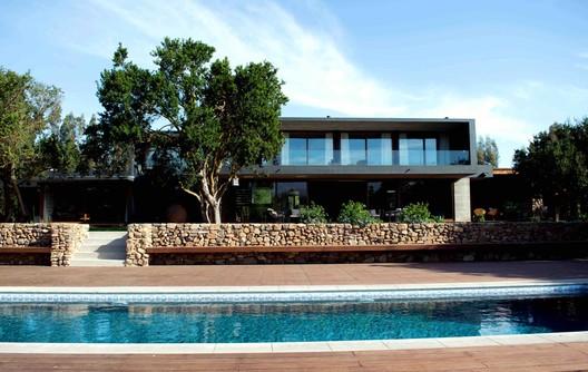 Casa Catapilco / Genaro Montero Contardo + Catalina Montero Wood