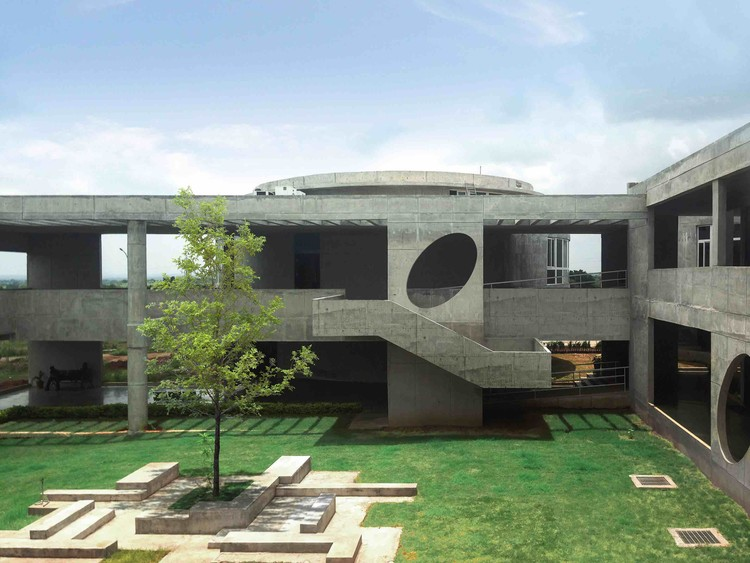 Woxsen designhaaus solutions archdaily for Architecture colleges list in hyderabad