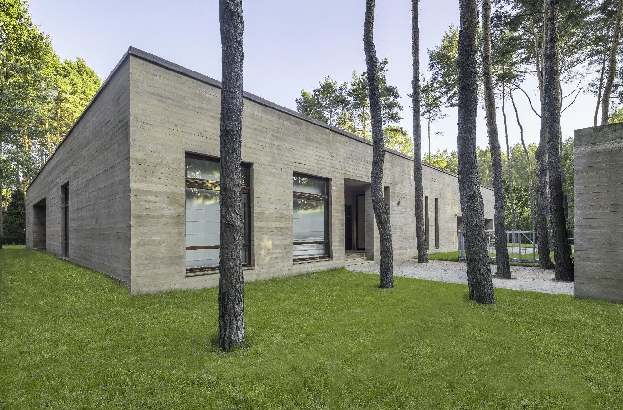 Concrete Biuro Architektoniczne Barycz Saramowicz Archdaily