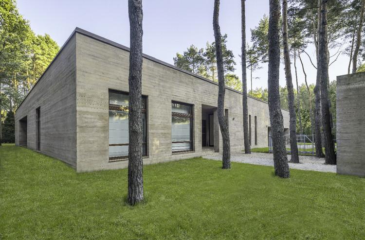 CONCRETE / Biuro Architektoniczne Barycz & Saramowicz, Courtesy of Biuro Architektoniczne Barycz & Saramowicz