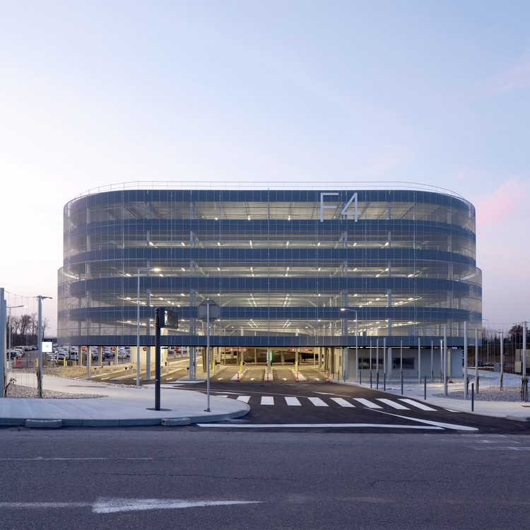 F4 Parking / DeA architectes, © Pierre-Manuel Rouxel / Gagnepark