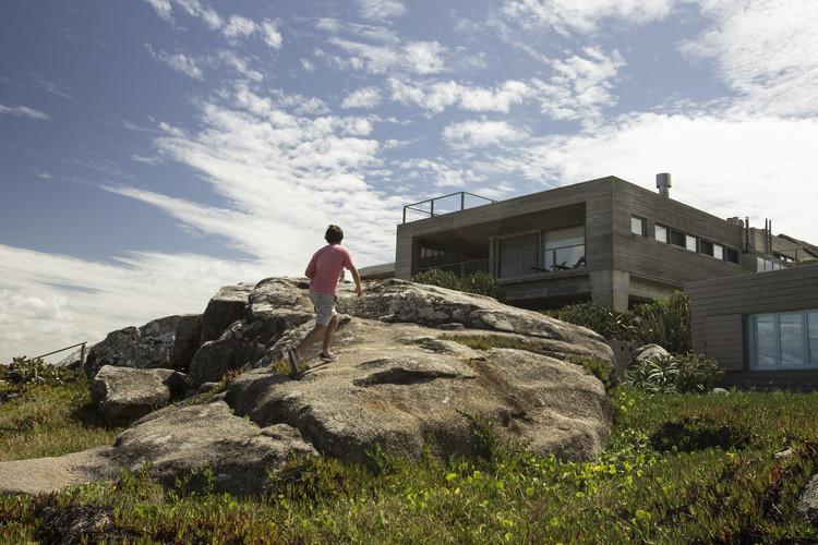 Casa la Roca / Mathias Klotz, © FERRESCANEPA photography