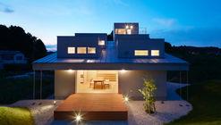 Casa en Tokushima / FujiwaraMuro Architects