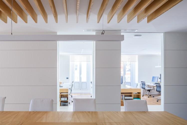 Nueva sede ST Consultores / Álvarez Sotelo Arquitectos
