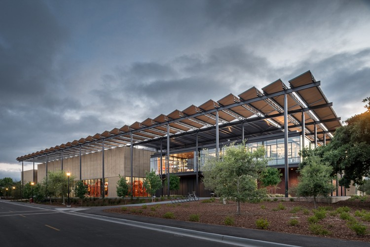 AIA Selects Top 10 Most Sustainable Projects of 2017, Stanford University Central Energy Facility; Stanford, California / ZGF Architects LLP. Image © Matthew Anderson
