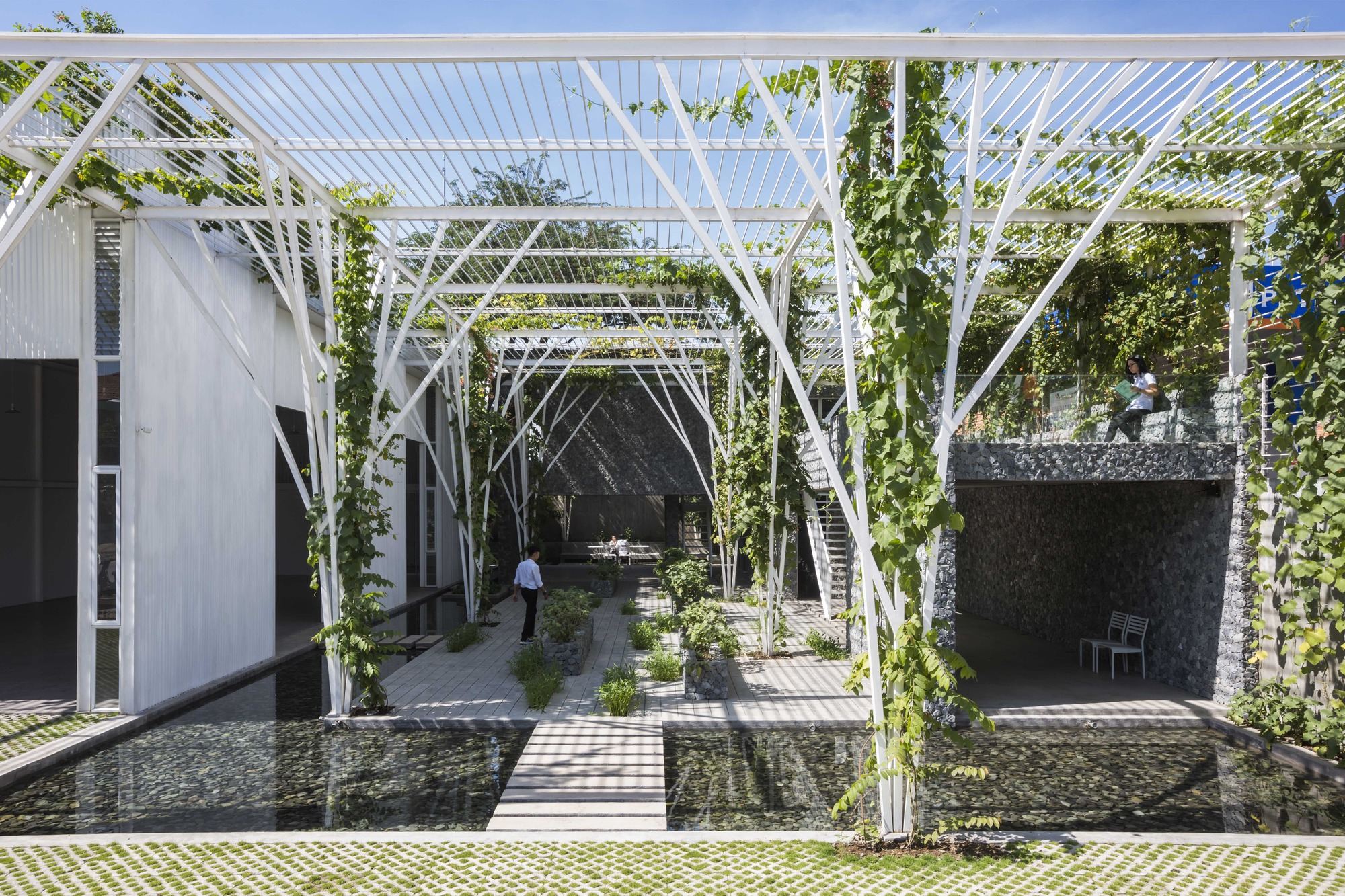 Vegetable trellis cong sinh architects archdaily for Architecture si