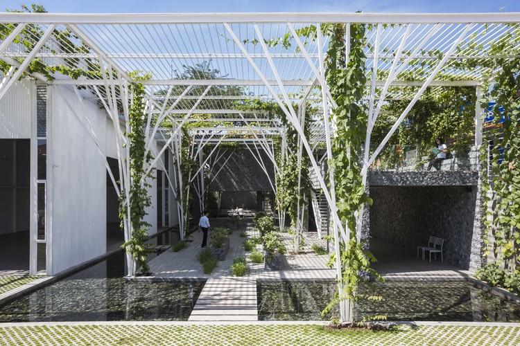 Vegetable Trellis  / Cong Sinh Architects, © Hiroyuki Oki