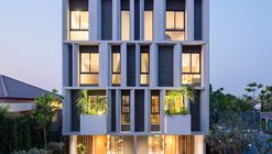Townhouse with Private Garden  / baan puripuri