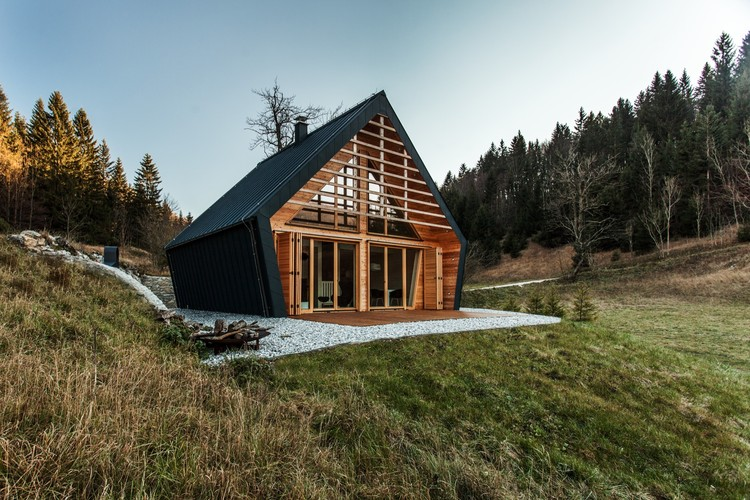 The Wooden House / studio PIKAPLUS, © MIHA BRATINA