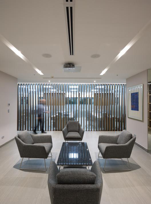 Oficinas AZ / Chauriye Stäger Arquitectos, © Marcelo Cáceres