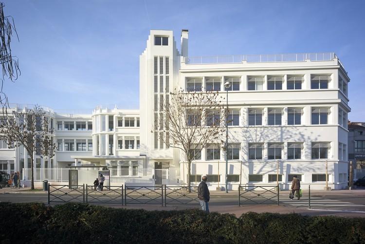 Rehabilitation of an Old Factory / PARC Architectes, © Julien Lanoo