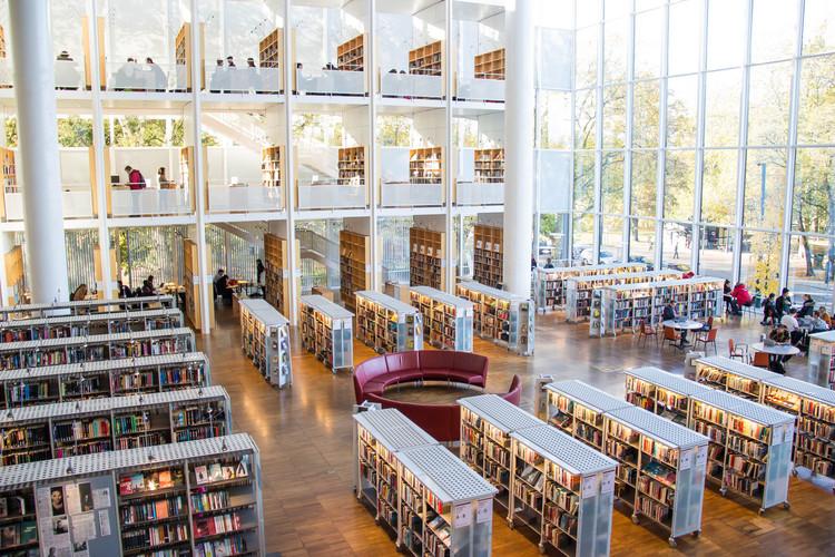 100 Sites de pesquisa acadêmica que você deveria conhecer, © Infomastern via Visual hunt /  CC BY-SA