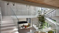 Single family House - Tolstoi str. / Outline Architecture Office