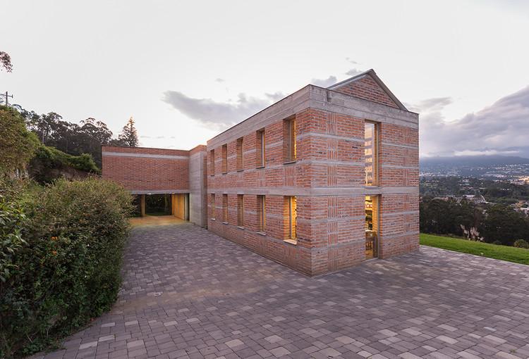 Casa do professor de história / José Miguel Mantilla, © JAG Studio