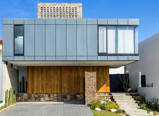 Casa MA  / fabian m escalante h | arquitectos
