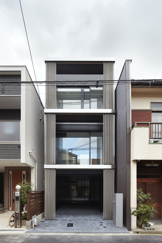 House In Minami Tanabe Fujiwaramuro Architects Archdaily