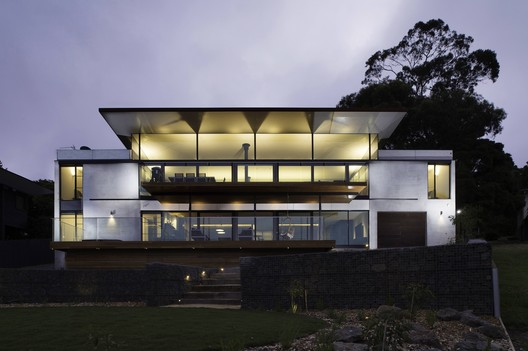 Louttit House  / Seeley Architects