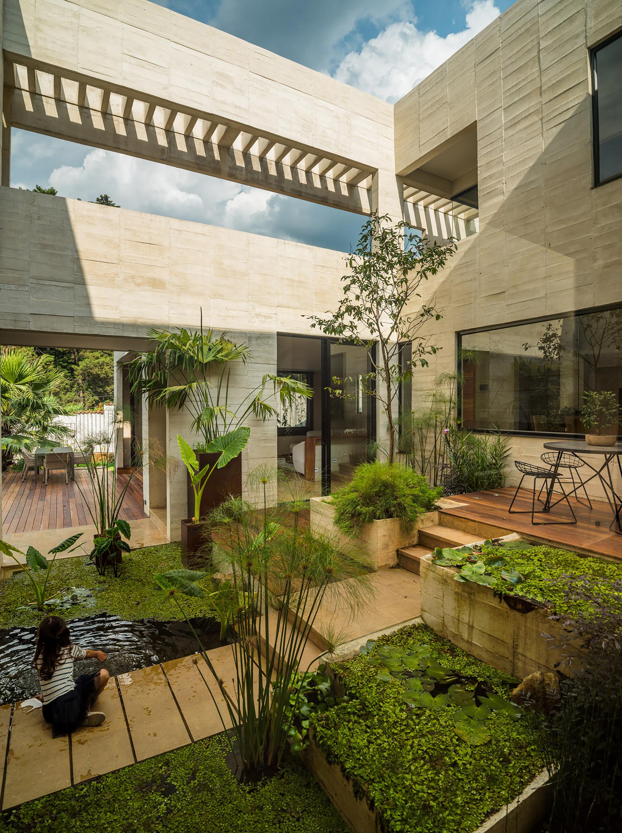 Galer a de casa jard n connatural 6 for Casa mansion los jardines havana