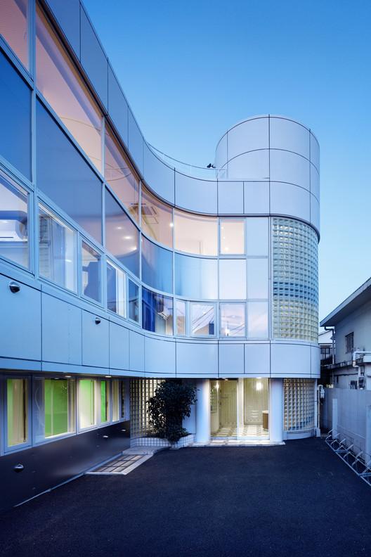 Modelia Colors Wakamatsucho / Ryuichi Sasaki / Sasaki Architecture + Atelier O, © Takumi Ota