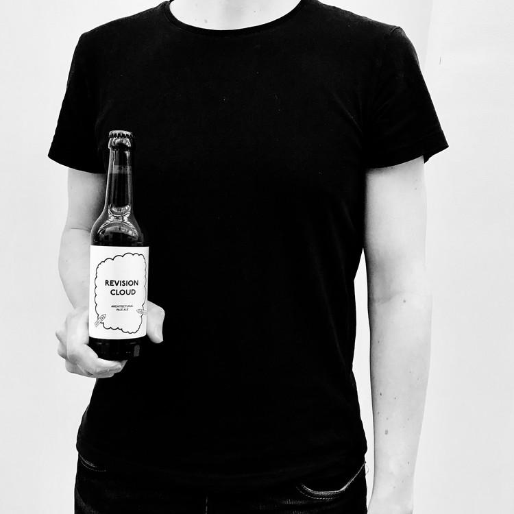 ALA Architects lança cerveja artesanal em homenagem à arte de revisar projetos, © Felix Laitinen