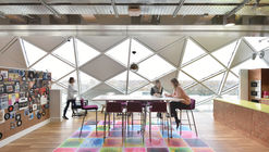 184 Shepherd's Bush Road / ColladoCollins Architects