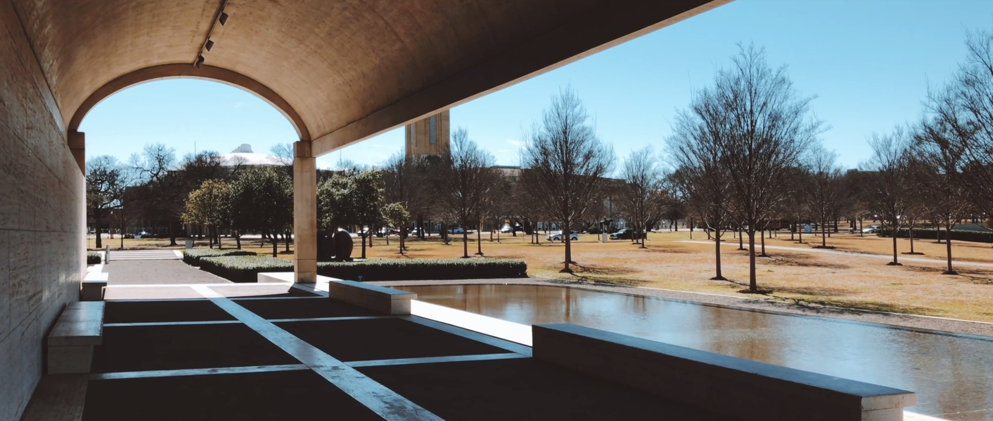 Louis Kahn and Renzo Piano: The Harmony Between Each Legend's Kimbell Museum Wing