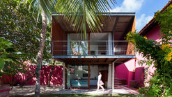 House in Lauro de Freitas / Jamelo Arquitetura