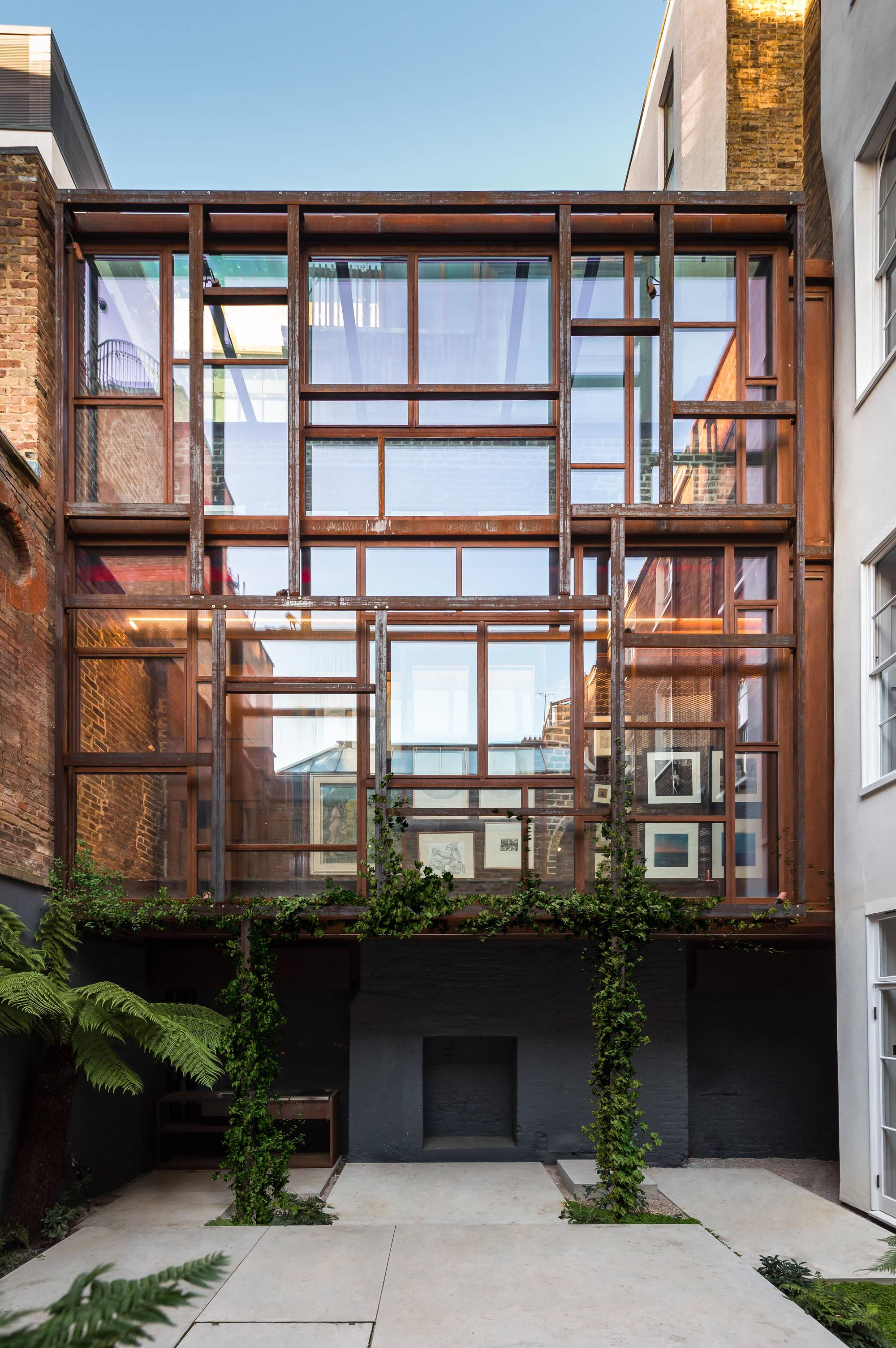 Gallery: The Layered Gallery / Gianni Botsford Architects