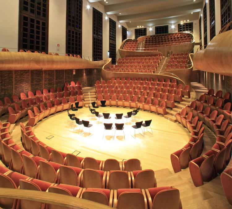 Violin Museum and Auditorium Giovanni Arvedi / ARKPABI | GIORGIO PALU' E MICHELE BIANCHI ARCHITETTI, © Roland Halbe