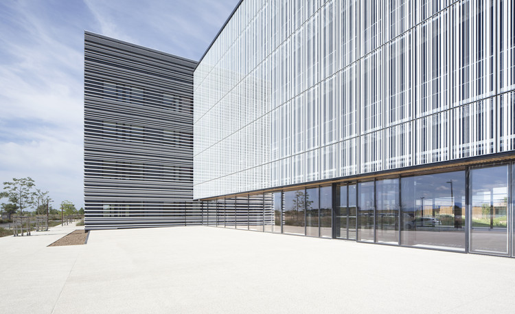 Ecotox Centre / Brunet Saunier Architecture, © Edouard Decam