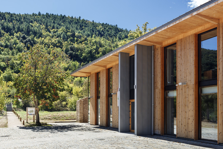 Bastide d'Olette – House of the Regional Natural Catalan Pyrenean Park / INCA Architectes, © Nicolas Castes