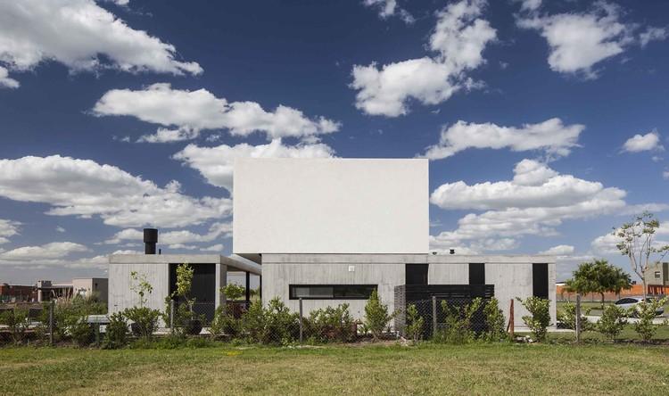 Casa N  / Estudio GM ARQ, © Alejandro Peral