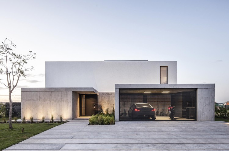 House N / Estudio GM ARQ | ArchDaily