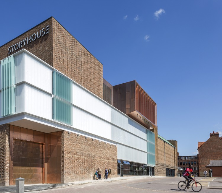 Storyhouse / Bennetts Associates, © Peter Cook