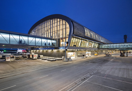 Oslo Airport Expansion / Nordic Office of Architecture
