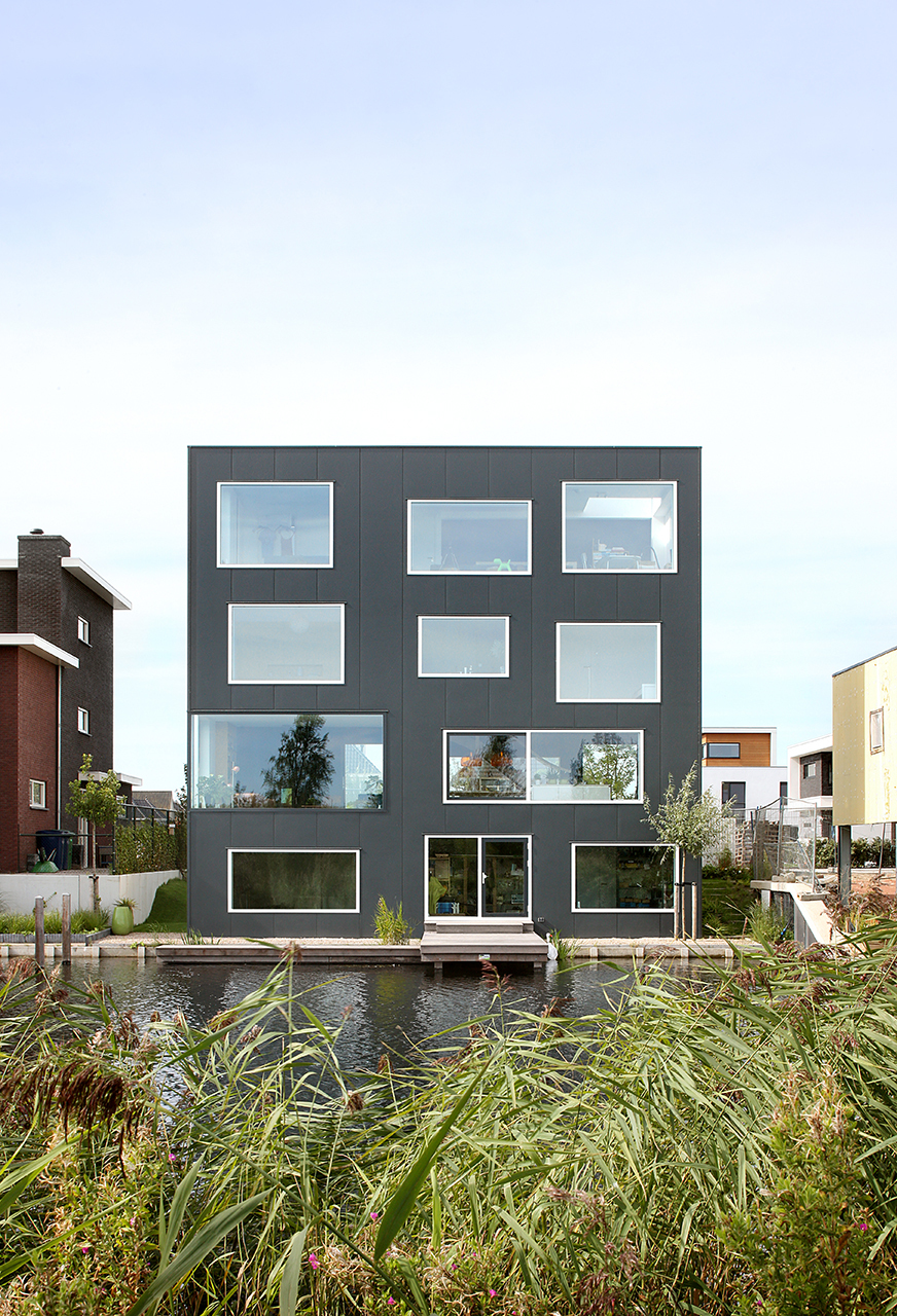 House with 11 views marc koehler architects archdaily - House with a view ...