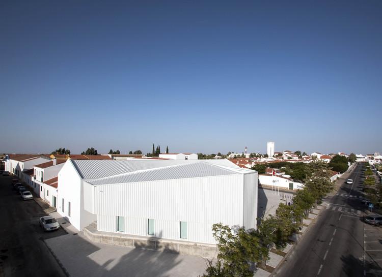 IN CASTRO –  Ideas and Business Center  / Campos Costa Arquitetos, © Gonçalo Pacheco