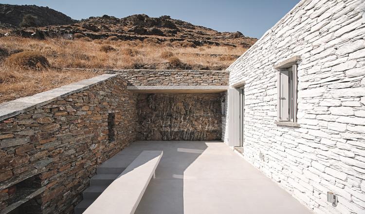 Casa Rocksplit  / Cometa Architects, © Dimitris Kleanthis
